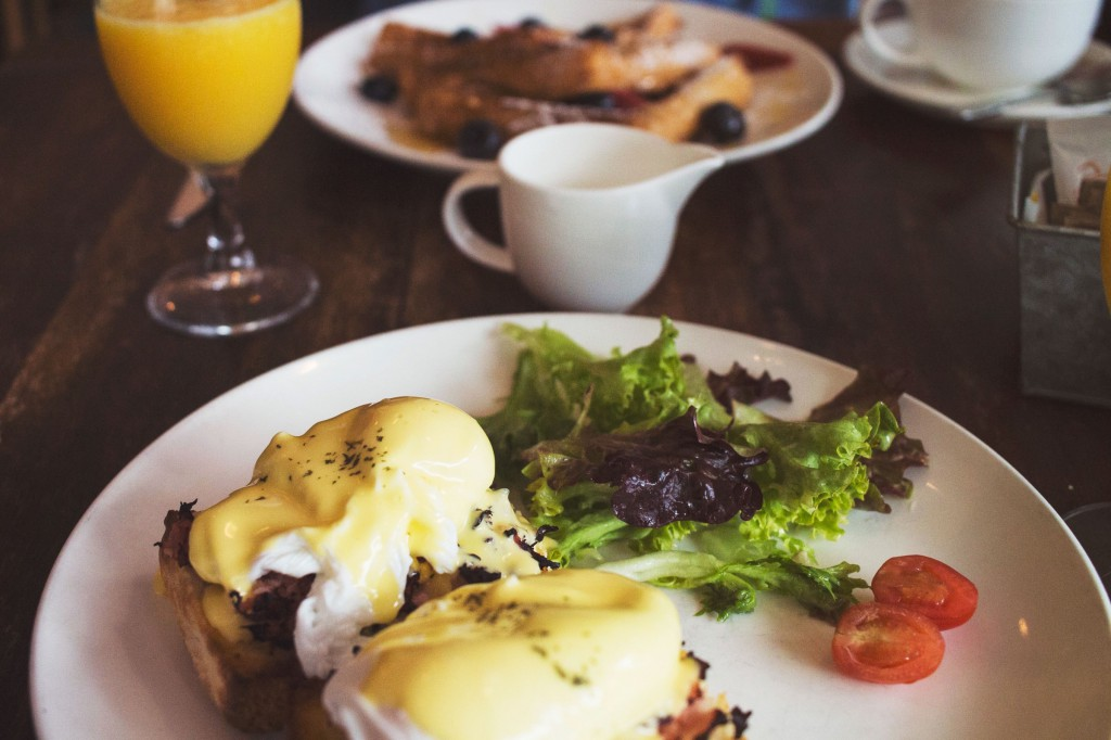 benedicts to show best breakfast in las vegas